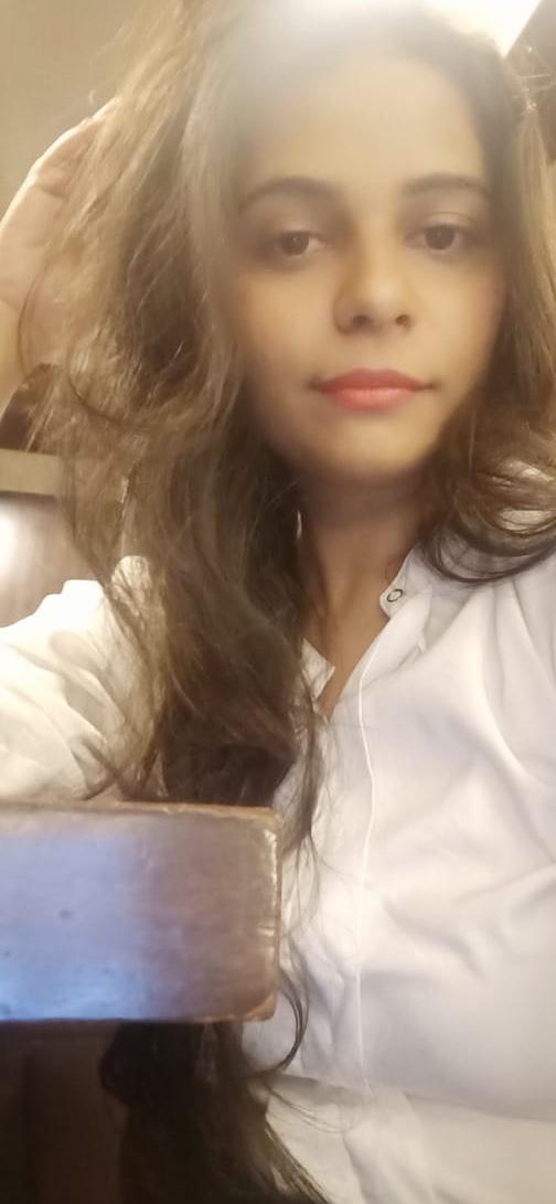 Advocate Riddhi Hakeem